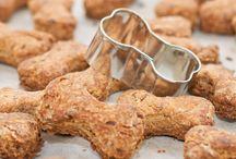 Biscoitos e comidas pet