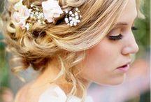 coiffure mariee avec couronne de fleurs