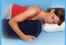 Specialty Pillows / Pillows with a special purpose: Pillows for the little ones, adolescents, stomach sleepers, the pregnant moms... just to make life a little more comfortable.