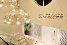 LUSTRES E PENDENTES / Projetos by Quitete&Faria