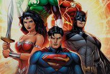 Heróis DC Comics / Eles saíram das HQs, invadiram os cinemas e os canais de TV e depois voltaram diferentes e mais modernos para as HQs! Como não amar os heróis da DC Comics?