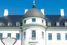 Bernstorff Slot / Hotel og konferencecenter i Gentofte. Afholder skønne selskaber. Søndagsbrunch og smørrebrød lørdag.