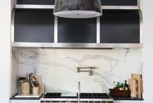 Kitchen Ideas and Inspiration / Kitchen design and organization for a super efficient and beautiful space.