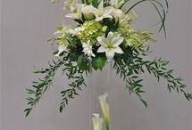 λουλουδια στα βαζα