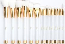 Top 10 Best Cheap Makeup Brush Sets in 2017 Reviews