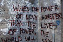 Graffiti / rEVOLuation