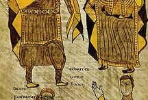 Charlemagne, épouses et concubines / Conjointes et enfants: HIMILTRUDE ( Pépin 770-811). DESIREE DE LOMBARDIE. HILDEGARDE DE VINTZGAU (Charles 772-811, Adelaïde ?-774, Rotrude 775-810, Pépin d'Italie 770-810, Louis 1° 778-840, Lothaire 778-779, Berthe 779-823, Gisèle 781-814, Hildegarde 782-783). FASTRADE DE FRANCONIE (Théodrade 785-853, Hiltrude 787-?). Luitgarde d'Alémanie. - Enfants issus de concubines: MADELGARDE (Ruotilde 790-852). GERWINDE (Drogon 801-855, Hugues 802-844). ADELINDE (Thierry 807-818).