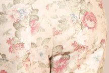 Angels Jeans / Angels Jeans ein Geschenk des Himmels Die Jeansmarke Angels wurde 1980 gegründet, um anspruchsvollen Frauen die perfekten Jeans bieten zu können. Jeans, die ein modernes Design mit bequemer Passform vereinen. Jeans, die mit hochwertigen Materialien und meisterhafter Verarbeitung begeistern. Jeans, die mit einem fairen Preis-/Leistungs-Verhältnis überzeugen. Mit anderen Worten: Angels Jeans.