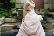 Menyasszonyi ruhák,ékszerek