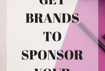 Working With Brands as a Blogger / As a blogger, with brands will help boost your blog income. Want to know more about how to work with brands as a blogger? This is the board for you. Get sponsored posts by working with brands that you love.