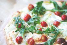 Rezepte: Flammkuchen, Pizza & Co. - herzhaft & süß / Leckere Rezepte für knusprige Flammkuchen, Pizza & Co - in süßen und herzhaften Variante