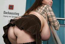 Milena Velba :-*