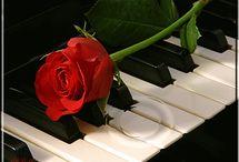piano gif