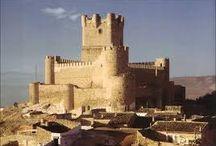 castillos de españa y portugal / castillos de españa / by hipolito torres alarcon