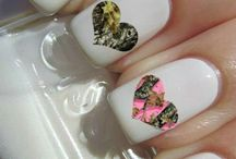nails / by Theresa Zeh