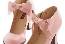 Ροζ παπουτσια