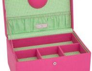 Pretty Sewing Boxes / Pretty #Sewing Boxes To Buy! www.sewing-online.com