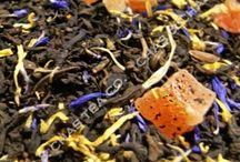 Novedades 2016 / Tenemos novedades! Hemos introducido, en concreto, un blanco aromatizado, dos nuevos verdes aromatizados, hemos mejorado la fórmula del té negro de COCO que, si no te da miedo, está muy bueno, cuatro rooibos y tres tés rojos nuevos. Ya están todos implementados en nuestra web www.chaschas.es Espectacular el REDCURRANT, a base de grosellas. O el rojo CHOCO ORANGE, con habas de cacao...