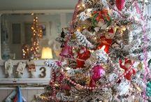 Holidays: Christmas / by Nancy Robbin