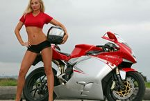 Girls & Bikez
