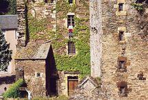 châteaux dans le monde