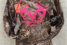 Realtree Girl / by Katie Kidd