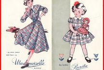 Oude naaipatronen en modeplaten.