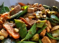 food to savor - stirfry... / stir-fries are such an easy way to eat lots of different veggies!
