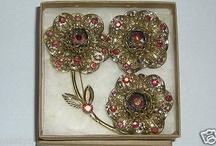 Vintage Sarah Coventry Flower Set, 1960's. Mint