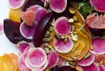 Delícia de Saladas / Saladas / by Carolina Caldas