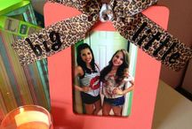 Christmas Crafts / by Allison Gustafson