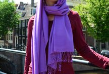 Pashmina shawls and blankets / Lotus Design winkel pashmina shawls and blankets are made from 100% cashmre wool in many colours. They are made in Nepal and imported directly by us.
