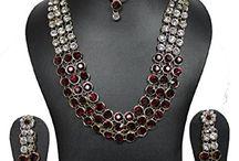Traditional Elegant Bollywood Inspired Wedding Kundan Jewelry Set