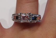 Engagement Rings / Find your perfect fairytale beginning here!