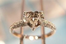 Wedding ring heart shapes