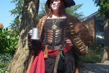 Piraten vrouwen Kroes / Piraten vrouwen  Kroes