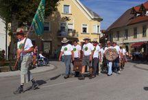 Večno mladi - Radovljica, 2014 / The annual Večno mladi (Forever Young) club members parade through Radovljica.