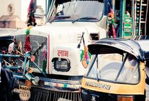 :: wheels India :: / ... our town roads, city lanes, interstate highways are an interesting combination of wheels, novel ways of transporting people & cargo, vibrant in attitude of color too