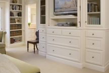 Built-In Entertainment Center / by Lisa Metzger