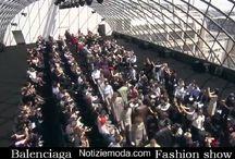Balenciaga Uomo / Balenciaga collezione e catalogo primavera estate e autunno inverno abiti abbigliamento accessori scarpe borse sfilata uomo.
