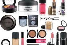 Fashion hair/makeup/accessorie