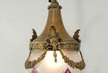 Lantaarns en hallampen / Antieke lampen voor in de hal of een kleine kamer.