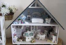 Dollhouses 2