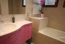 Meuble d'Angle de salle de bains / Trouvez l'inspiration pour aménager votre salle de bains avec un meuble d'angle sur mesure et personnalisable !
