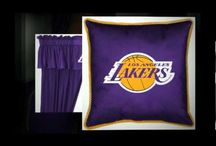 LA Lakers Merchandise, Bedding, Decor & Gifts / Los Angeles Lakers have been one of the great NBA franchises with multiple championships. LA Lakers bedding is a fantastic way to show off your favorite team and make other Lakers fans envious. Decorate yours or your kids bedroom with LA Lakers bed sets, comforters, sheets sets, blankets & pillows.