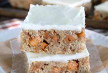 Dessert: Brownies & Bars / by Alycia Morell