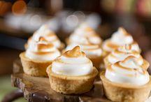 Mini Desserts / These are all our favorite mini desserts, cute and delicious!