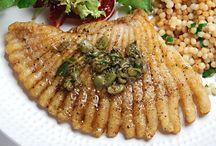 Seafood / by Dianne Salazar