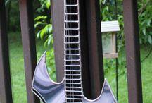guitares / electriques, accoustiques ou basses