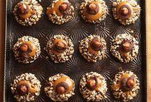 Dessert Recipes / by Ellen Kowalski